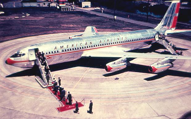 Boeing-707-pioneiro-na-aviacao