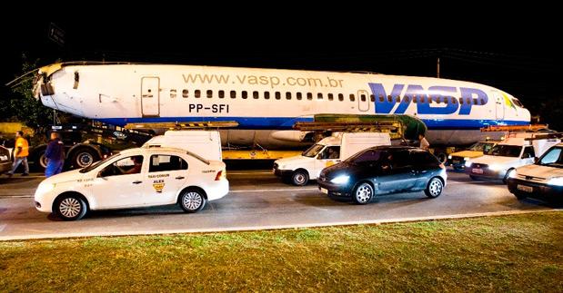 aviao-vasp-transporte-centro-eventos