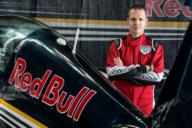 francis-barros-piloto-aviao-red-bull-air-race