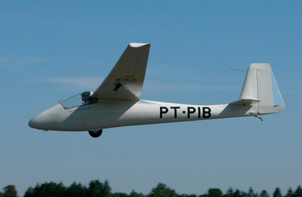 dez-avioes-brasileiros-com-nomes-bacanas-7