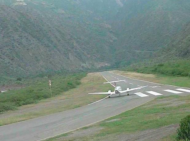 aeroportos-onde-dificuldade-para-pousar-e-adrenalina-dos-pilotos-1