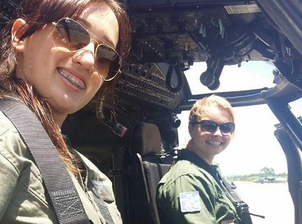 primeira-vez-o-helicoptero-black-hawk-da-fab-e-pilotado-por-mulheres-3
