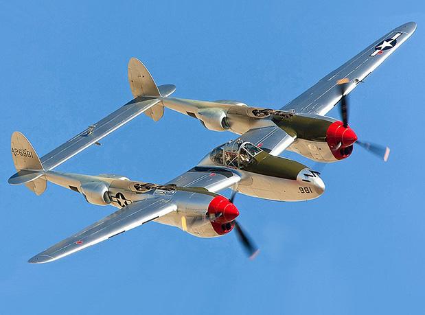 caudas-de-aeronaves-parte-2-hangar-33 (1)