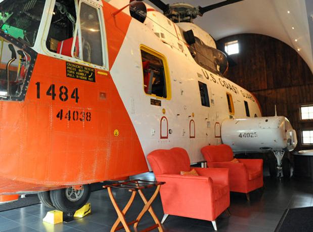hangar-33-jumbostay-hotel-1