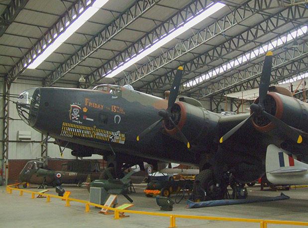 museu-aeronautico-de-yorkshire